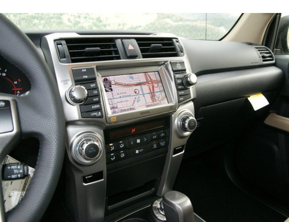 Toyota-4Runne-2013-3